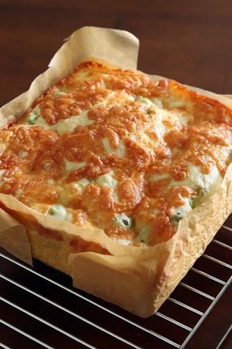 枝豆とチーズの厚焼きフォカッチャ_a0165538_09151243.jpg