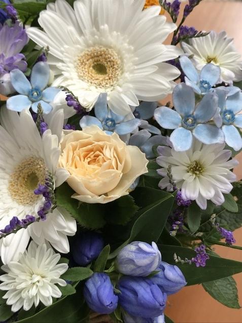 花に囲まれた連休中_f0130693_15484272.jpeg