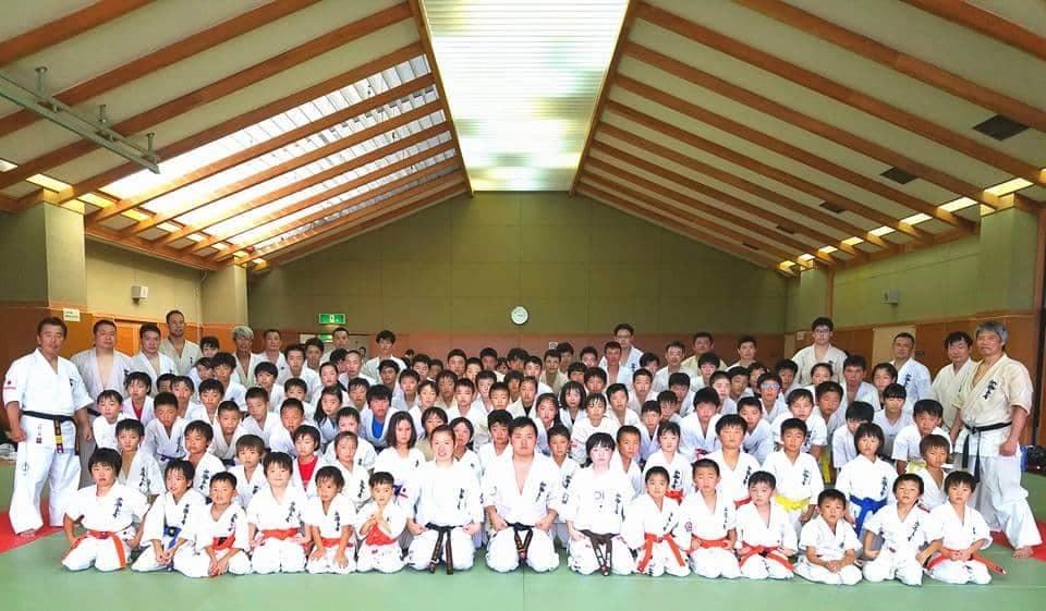 今日は外出を控え、高知県本部で読書しながら終日身体を休めます。_c0186691_16132436.jpg