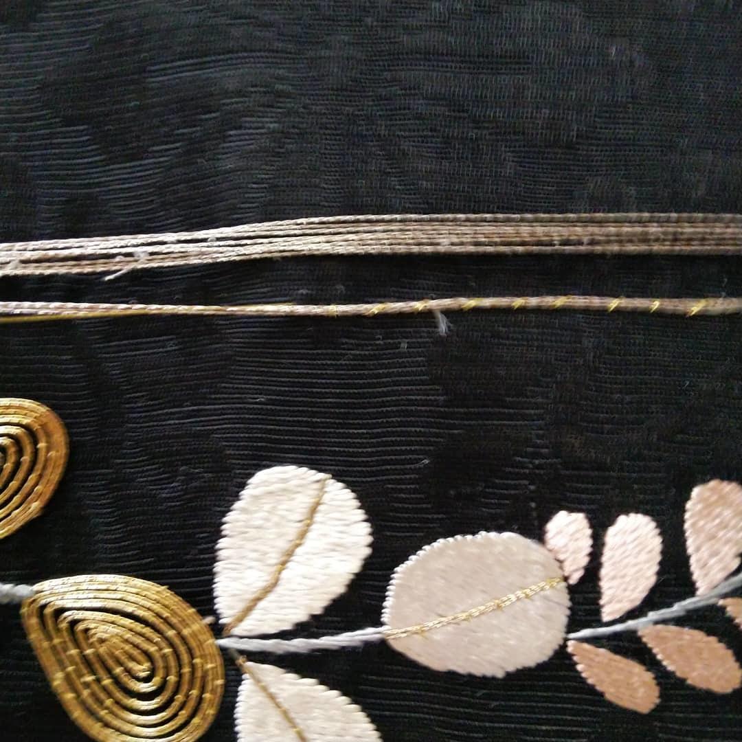 200727 アンティーク刺繍帯の手直しをしてみました!_f0164842_16364831.jpg