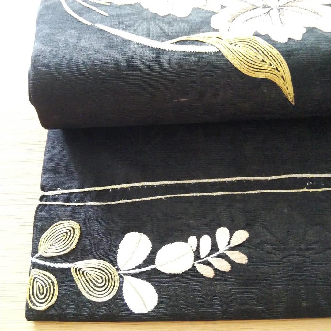 200727 アンティーク刺繍帯の手直しをしてみました!_f0164842_16371988.jpg