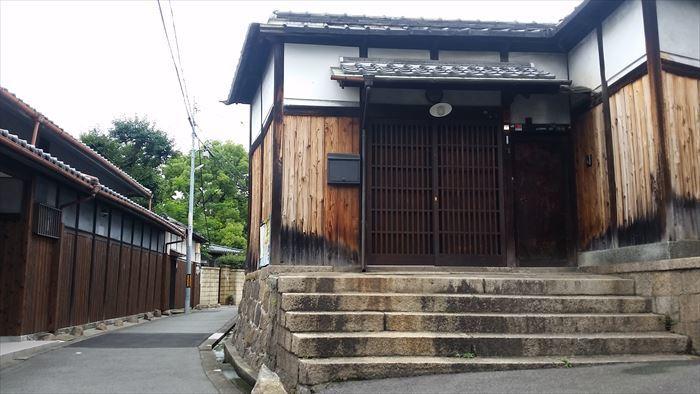 桃谷・彌栄神社門前の町並み_f0139570_18223595.jpg