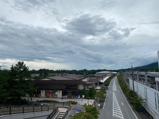 久しぶりの軽井沢アウトレットへ_d0035921_22040392.jpg
