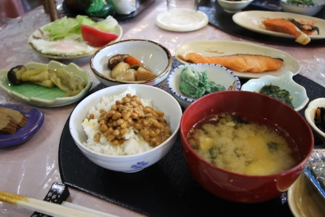 リゾートホテル「フッシュ」さんと森吉山ダム_b0031538_15371894.jpg