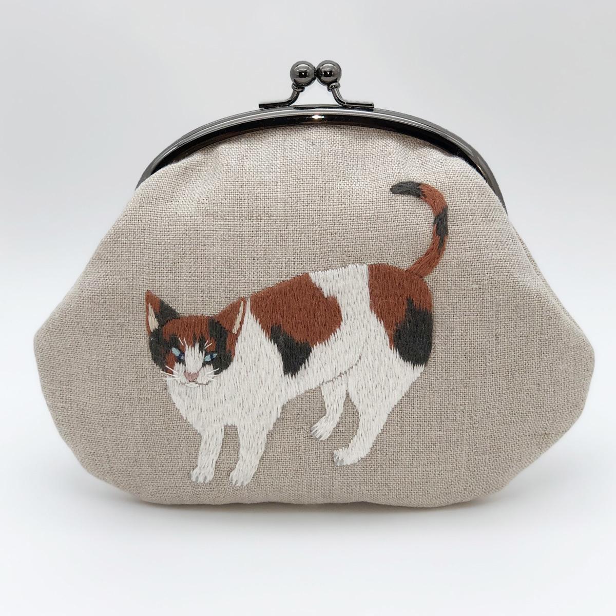 三毛猫の刺繍がま口_a0138978_20571910.jpg