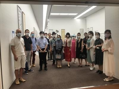 跟晋鸥老师参观第37届产经国际书展_d0007589_10350370.jpg