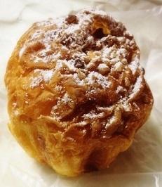高CPで完成度の高いパン☆「パンとケーキの店 デイジイ東京」_f0391490_23593724.jpg