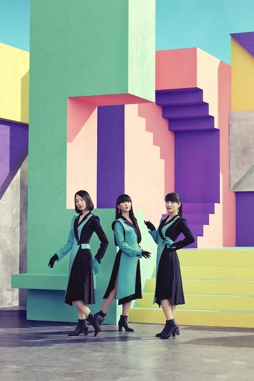 Perfume  21世紀の舞姫たち_b0074416_21273047.jpg