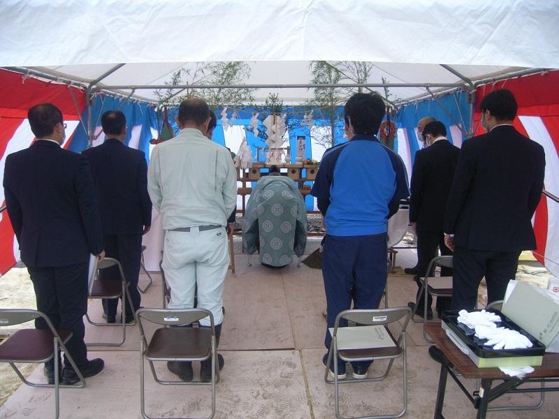 しいたけ栽培施設工事の地鎮祭が行われました_e0341538_15503411.jpg