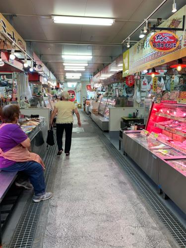 牧志市場と琉球料理ぬちがふう_b0228252_18582290.jpg