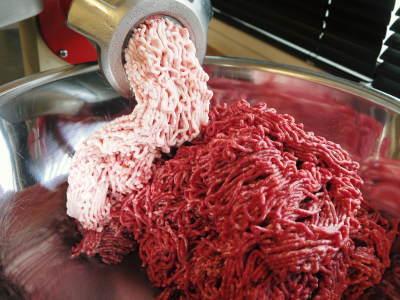 熊本県産の黒毛和牛を100%のハンバーグステーキ!全国のお客様に向け本日初出荷しました!_a0254656_18495633.jpg
