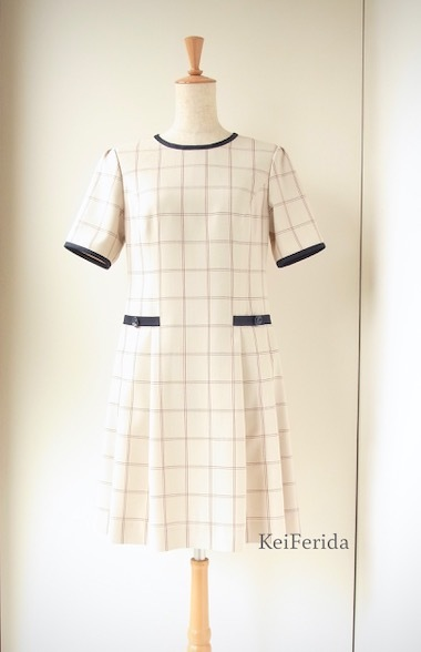 Checked dress with navy piping_b0204879_10213630.jpeg