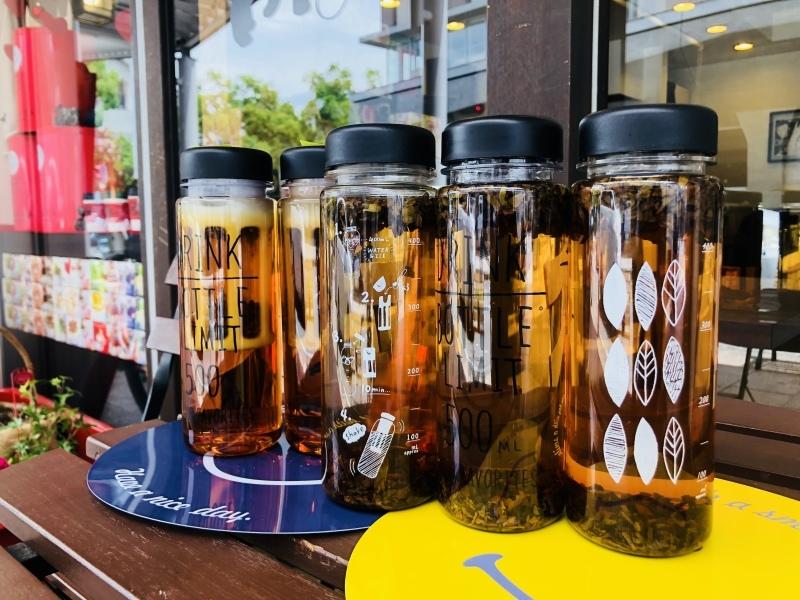 ムレスナティーで水出し紅茶_b0278384_12113994.jpeg