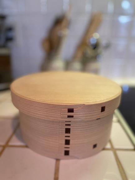 電気フラットトップでご飯を炊いておひつに入れてます_d0129786_14562732.jpeg