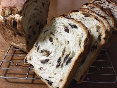 大好きなミサキドーナツとレーズン食パン_f0231189_23025256.jpg