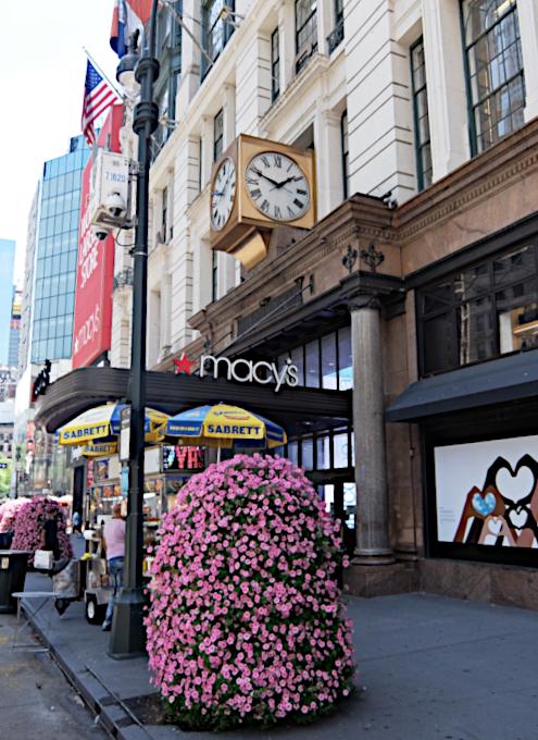 老舗デパート、メイシーズ(Macy\'s)ニューヨーク本店のコロナ対策_b0007805_05234650.jpg