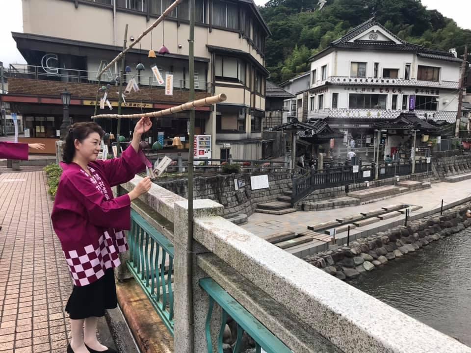 【サンテレビニュース】湯村温泉街で風鈴の音色響く 暑い季節に軽やかな音で涼しさを_f0112434_11591855.jpg