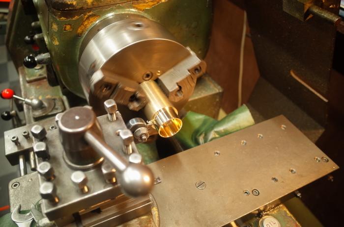1972 XLH 1000 オイルポンプ組付け・キック回り組付け・エンジン搭載_a0248662_08154318.jpg