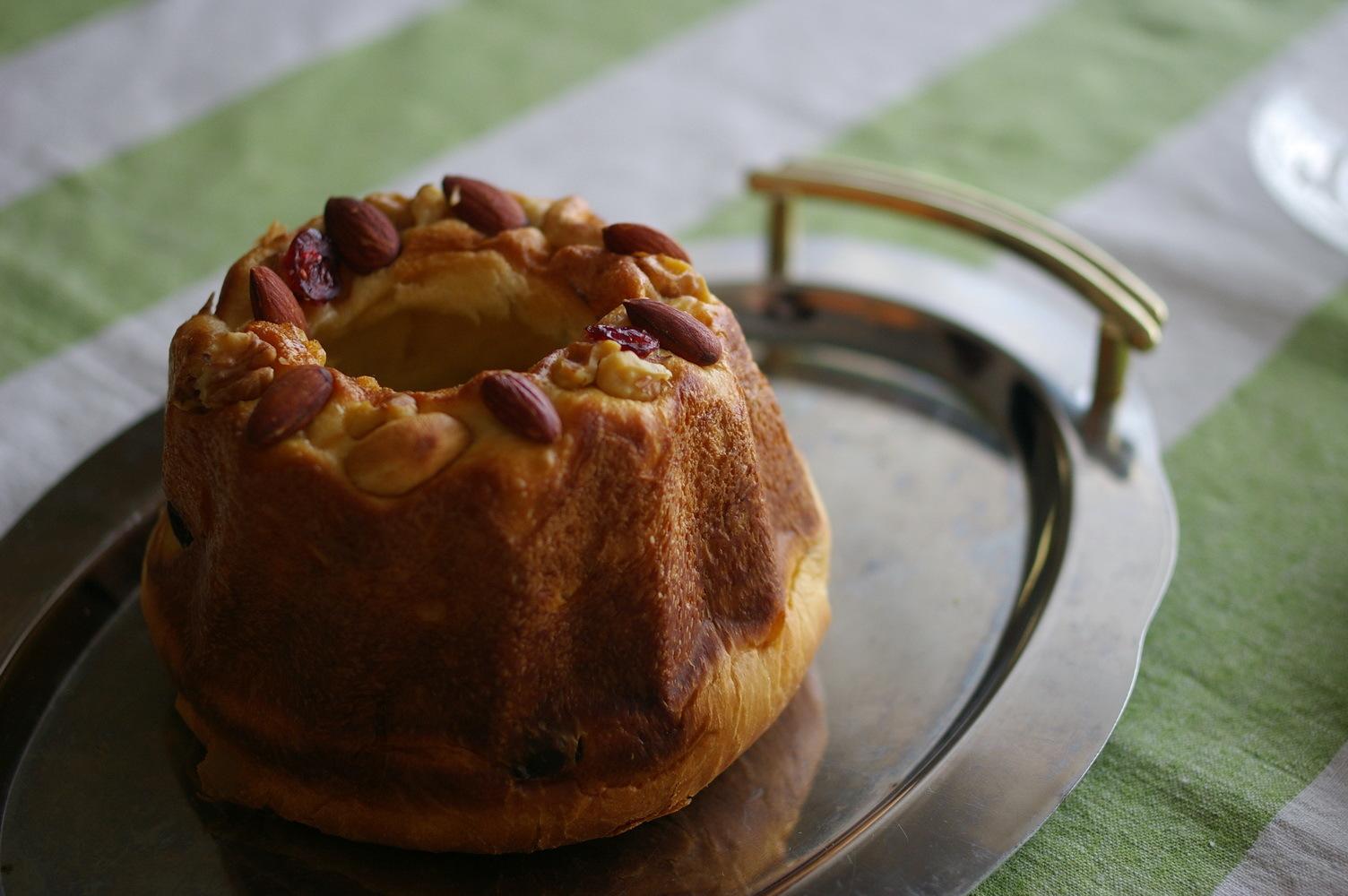 クグロフ型で焼いたパンでおうちランチ_d0327373_14171087.jpg