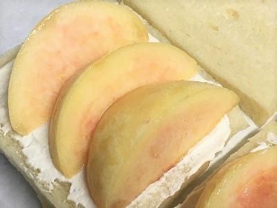 おうち乃が美の生食パンで桃サンド♪_f0231189_21420750.jpg