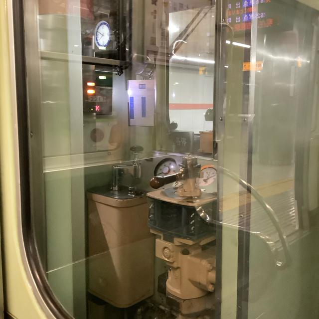 たまたま乗った京阪電車が2200系ビンテージ車両でごっつ嬉し。_a0334793_17015715.jpg