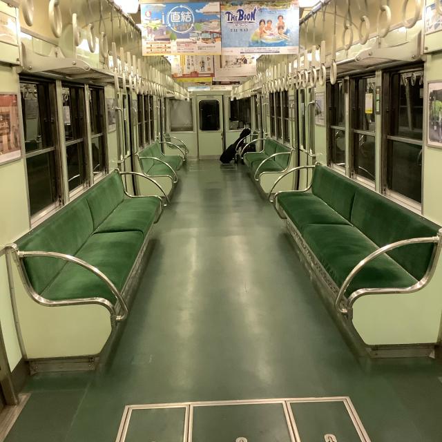 たまたま乗った京阪電車が2200系ビンテージ車両でごっつ嬉し。_a0334793_17022478.jpg