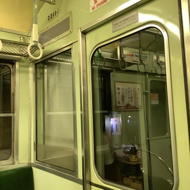たまたま乗った京阪電車が2200系ビンテージ車両でごっつ嬉し。_a0334793_17030234.jpg