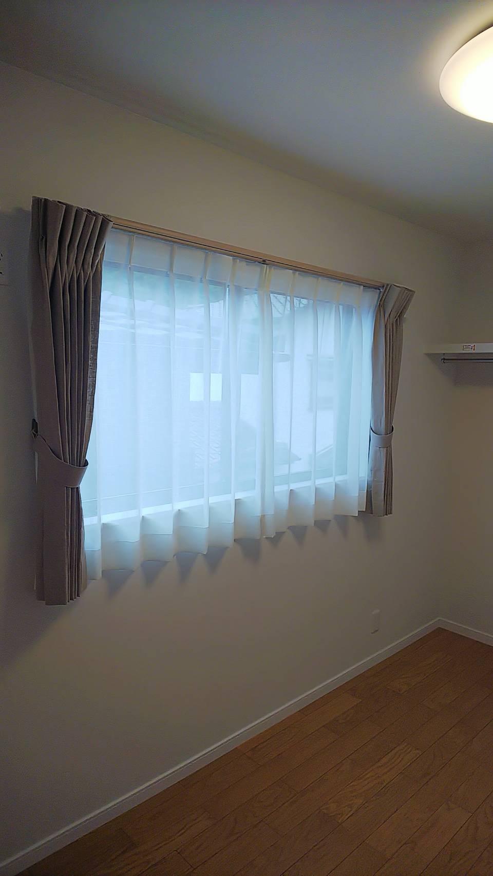 天然素材のカーテン施工させていただきました✨_f0196294_10291853.jpg