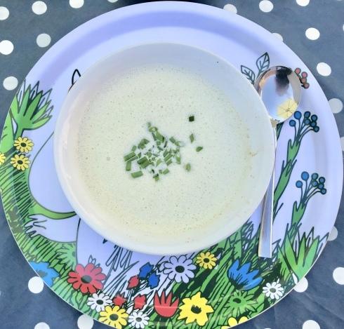 夏の東地中海風とズッキーニの冷製スープ_f0012916_20232432.jpeg