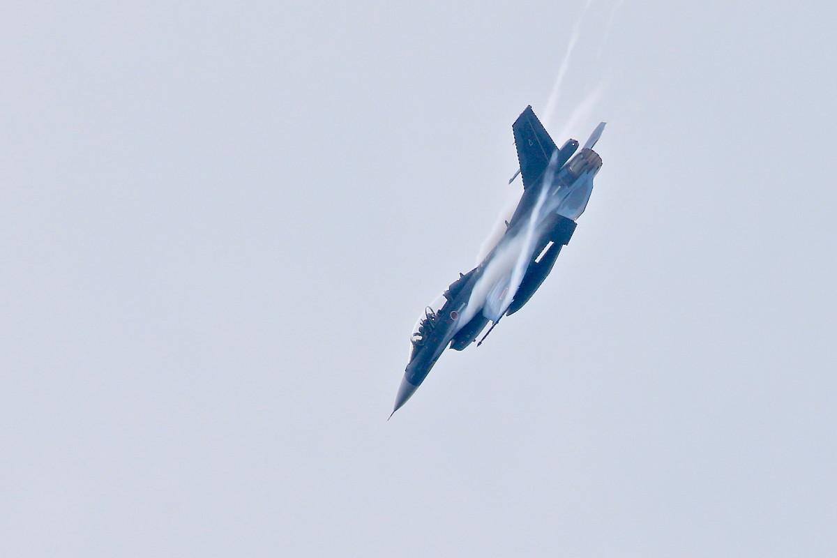 思い出シリーズその⑫・・・F-2B 戦闘機_e0071967_18474086.jpg