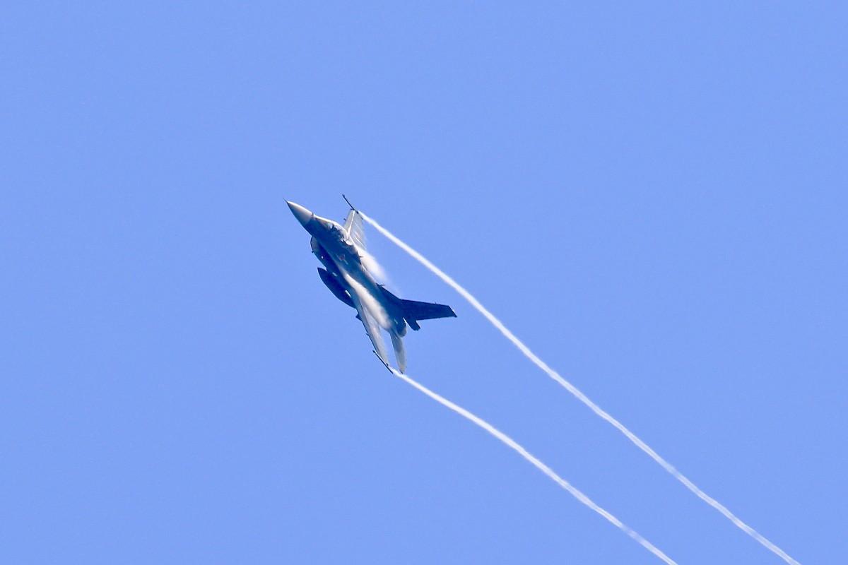 思い出シリーズその⑫・・・F-2B 戦闘機_e0071967_18474554.jpg