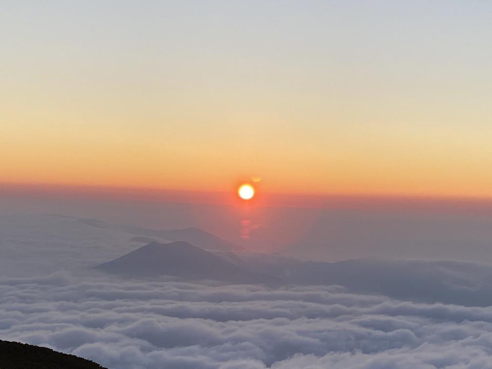 """2020年7月 『羊蹄山、山頂ビバーク』 July 2020 \""""Bivouac on the Summit Mt Yotei\""""_c0219616_16565480.jpg"""
