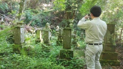 志布志床次家の墓と下鶴県議_b0039825_10304180.jpg
