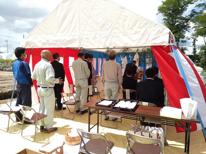 しいたけ栽培施設工事の地鎮祭が行われました_e0341538_15100420.jpg