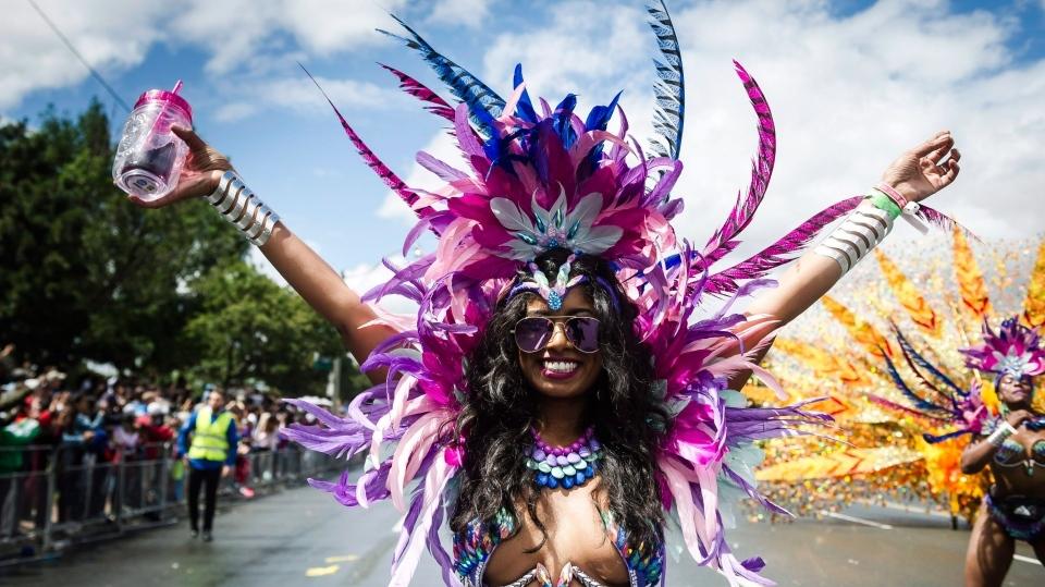 今年のカリビアンパレードは バーチャル フェスティバル。_f0293042_10434668.jpg