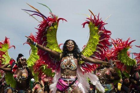 今年のカリビアンパレードは バーチャル フェスティバル。_f0293042_10441304.jpg