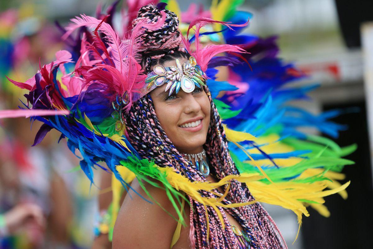 今年のカリビアンパレードは バーチャル フェスティバル。_f0293042_10445171.jpg