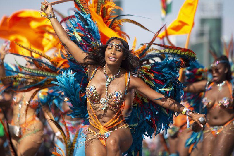 今年のカリビアンパレードは バーチャル フェスティバル。_f0293042_10522300.jpg