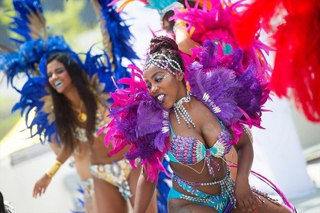 今年のカリビアンパレードは バーチャル フェスティバル。_f0293042_11184380.jpg