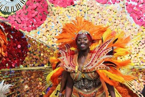 今年のカリビアンパレードは バーチャル フェスティバル。_f0293042_11191900.jpg