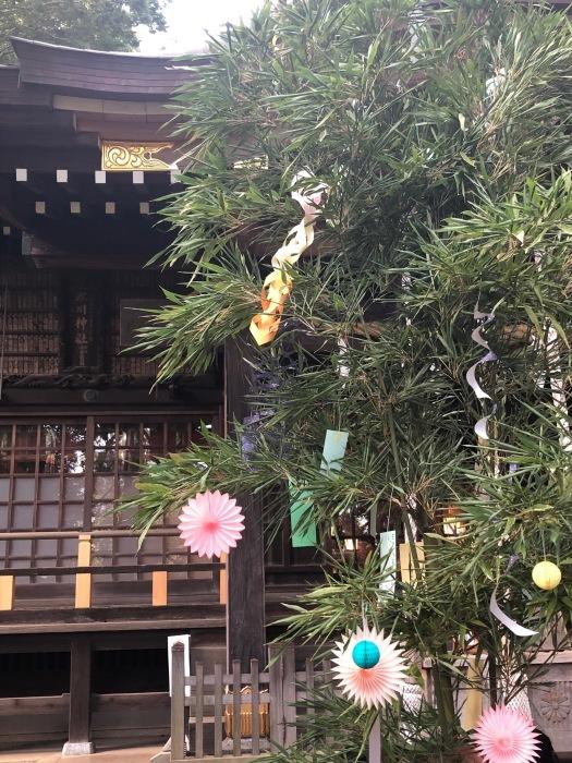 近くの神社で_c0012247_21322667.jpg