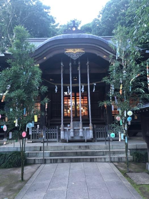 近くの神社で_c0012247_21330416.jpg