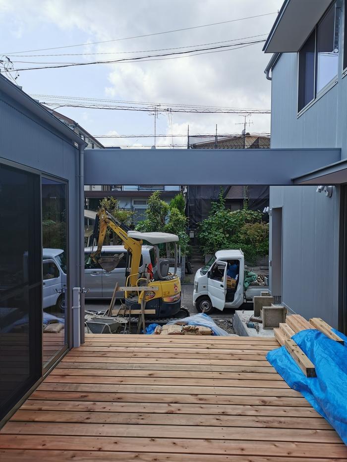 スノコの庭は外の居間_f0057011_13504681.jpg