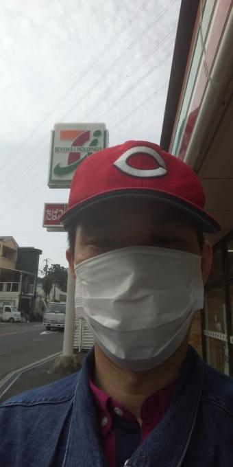 本日も誰もしないアベノマスクよりコンビニのマスクで介護現場に出勤です_e0094315_08124534.jpg
