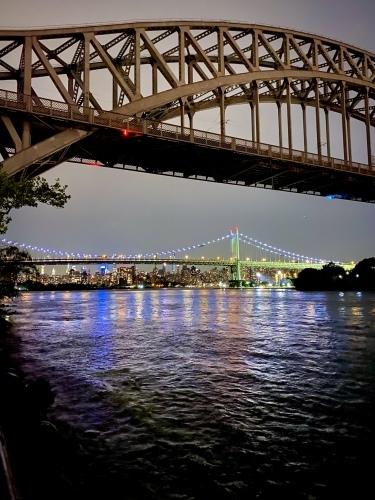 橋を背景にマンハッタンビュー_c0408587_04313099.jpg