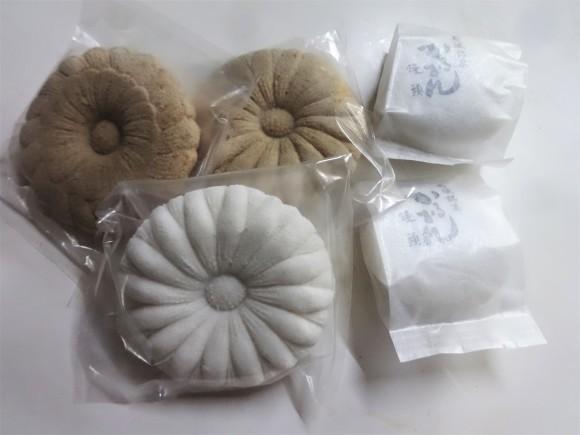 盆菓子_e0352610_07565119.jpg