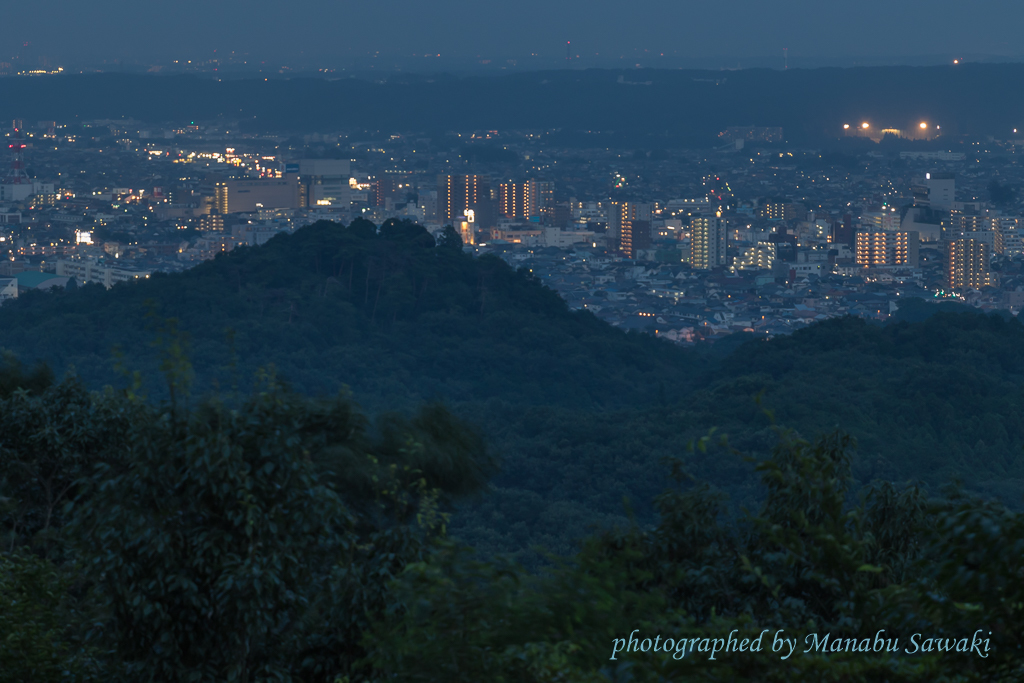 夕景から夜景まで@多峰主山_b0010915_21335437.jpg