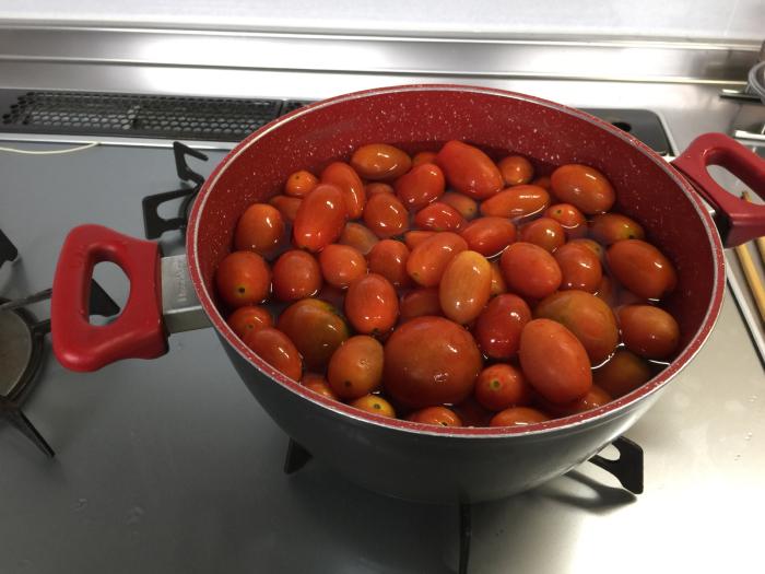トマトが終盤になって来ました。_f0122241_08080665.jpg
