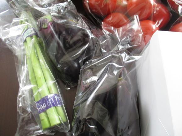 今年最後のトマト買い出しツア~&デンスケ西瓜を戴いた~~(^^♪_a0279743_14373513.jpg