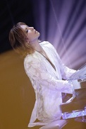 YOSHIKI、ロスからNHK「ライブ・エール」音楽特番に出演_c0036138_16305987.jpg